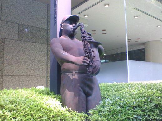 銅像の写真